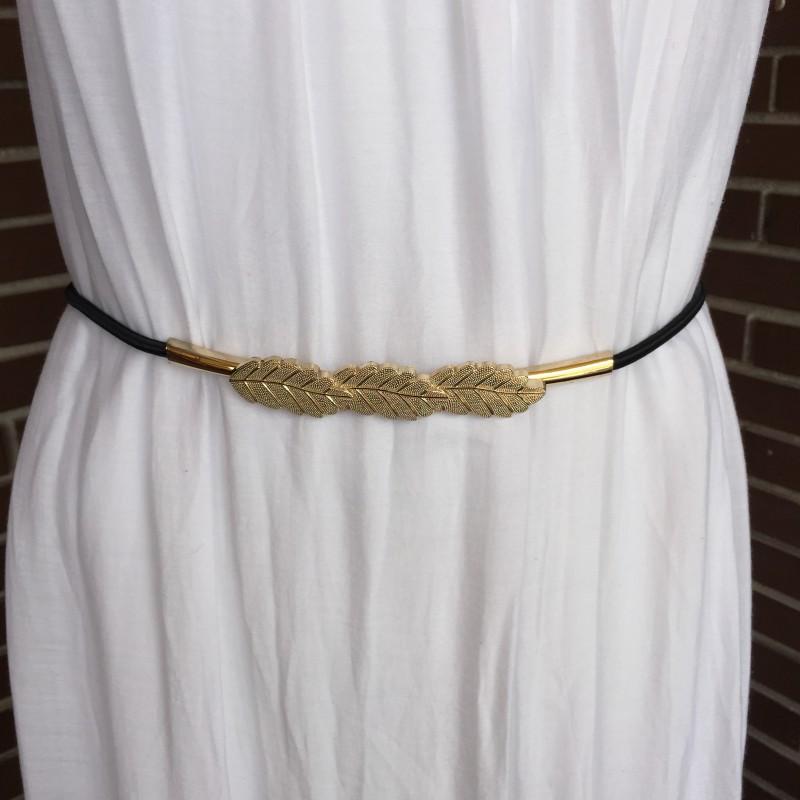 Nana and Jules boho chic Cinturón elástico tres hojas doradas. d7623a8c294c