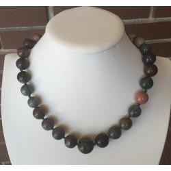 Collar de piedra natural en tonos marrón verde y gris
