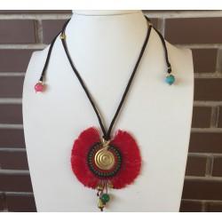 Collar étnico tribal de espiral de bronce pequeño cuerda de piel