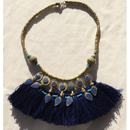 Nana and Jules boho chic Collar afgano con monedas y lapislazuli y lana azul