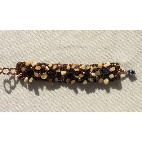 Nana and Jules boho chic pulsera arsenal de piedras de color beige, perlas, mostacilla en tonos marrón y beads tornasol
