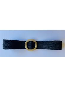 Cinturón elástico negro de rafia con hebilla color beige
