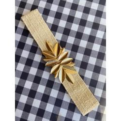 Nana and Jules boho chic Cinturón elástico de rafia beige con hebilla dorada de hojas
